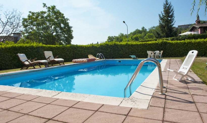 Mantenimiento de piscinas de obra cumagreen piscinas - Cesped artificial piscinas ...