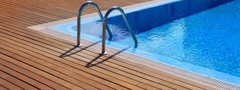 Piscinas de obra cumagreen piscinas de obra y c sped for Medidas de piscinas de obra